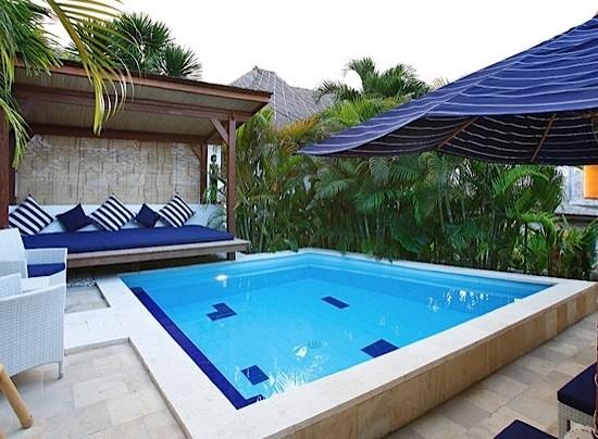 Aqua Villa, The Lembongan Traveller
