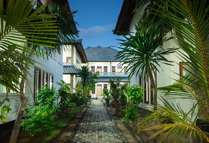Linda Beach Resort,The Lembongan Traveller, Nusa Lembongan Villas, Lembongan Villas, Lembongan Bungalows, Lembongan accomodation, Lembongan Resorts, Lembongan Hotel