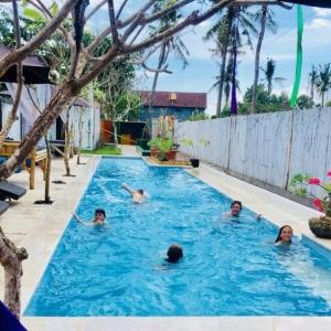 3 Monkey Pool & Bar, Nusa Lembongan Villas, Lembongan Hotels, Lembongan Resorts, Lembongan Bungalows, Lembongan Villas, The Lembongan Traveller, Nusa Lembongan Hotels, Nusa Lembongan Resorts, Nusa Lembongan Bungalows, Nusa Lembongan Villas,