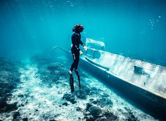 Blue Corner Free Dive